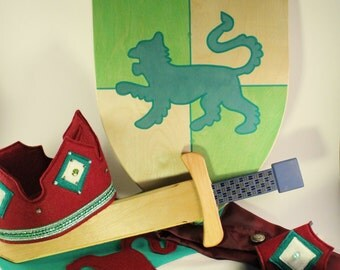 Kid Knight costume set-Wooden sword, shield, cape, crown and cuffs set- Wooden sword - Wooden shield  - Pretend play - Knight Toys