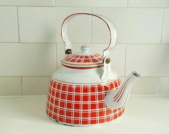 Vintage teapot - red teapot - French teapot - French vintage teapot - vintage French teapot - red enamelware - red enamel teapot - teapot