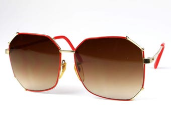 70s Ladies Oversized Sunglasses // Retro Red Ombre Shades // Vintage Eyewear // Mid Century Extravagant Accessories