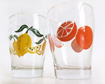 Vintage juice glasses with oranges and lemons motif, set of two, Made in Italy
