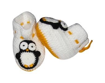 Baby Booties - Penguins Baby Booties white Baby Shoes newborn baby booties for little boy or girl baby shower gift ideas Different Sizes