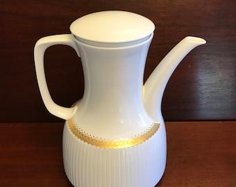 Luxury China Teapot Designer Wirkkala for Rosenthal Studio Line, MINT Condition, Rare MidCentury Wedding gift