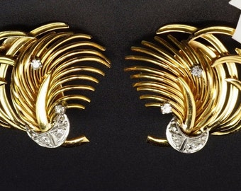 18K Yellow Gold Diamond Ribbon Spray Scroll Feather Vintage Retro Clip Earrings