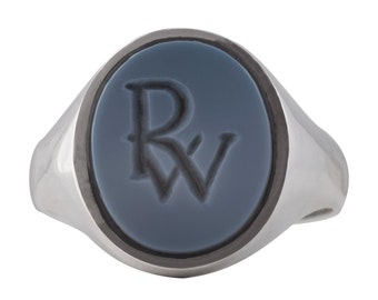 Blue sardonyx signet ring, engraved coat of arms