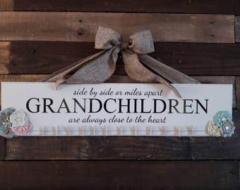Grandkids sign, grandchildren are close to the heart, grandkids wooden sign, custom wooden signs, photo display, picture board