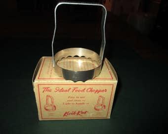 Vintage Kwik-Kut Food Chopper in Original box, metal, 1950's