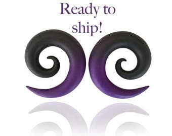Ready to Ship!  00g Ombre Transition Purple and Black Spiral Gauges