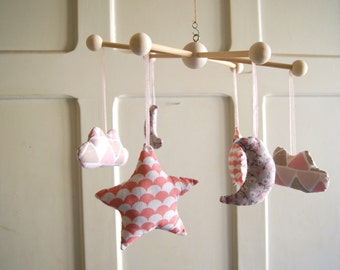 Baby girl mobile - Pink mobile for baby girl, handmade by Persephone Boutique.