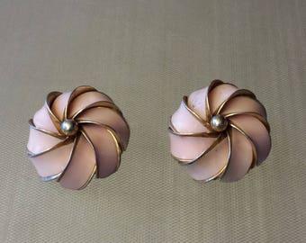 Vintage Pink Enamel and Gold Pinwheel Clip On Earrings