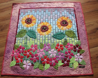 Sunflower Applique Quilt Wall Hanging - Flower Bloom Garden Art