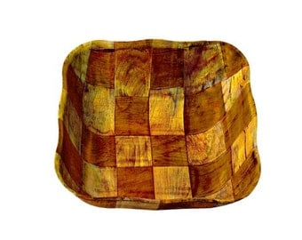 bamboo basket tray 28 x 28 cm.