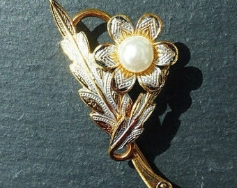 Vintage 1970s - Damascene Toledo Flower Brooch with Faux Pearl Centre