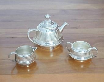 Vintage Silver Plate Ribbed Art Deco 3 Piece Tea/Coffee Service