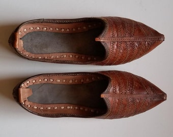 Vintage Handmade Leather Pointed Jutti Flat Shoes, Size 7