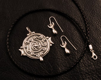 Hekate's magic Strophalos jewelry set, 925 sterling silver, Hecate, witch, witchcraft, magic, wheel, greek mythology, lost wax casting