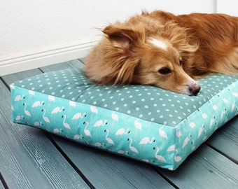 Flamingo, dog bed, dog, cat, sleeping, pillow, cozy, cuddly, big, mint, turquoise, polka dots, mint green, shabby, vintage