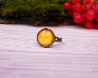 Yellow Autumn Leaves Adjustable Ring, Fall Jewelry, Yellow Fall Leaf Antique Bronze Ring, Autumn Nature Ring, Gift for Sister, Sun Ring