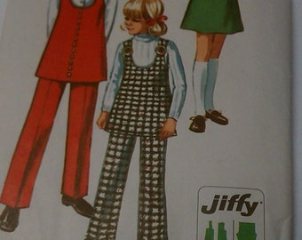Girls clothing pattern vintage, vintage girls clothes sewing pattern Simplicity 8946 from 1970s