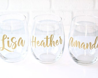Personalized Wine Glasses // Custom Wine Glasses // Bridesmaid Gifts // Personalized Gift for Her // Name Wine Glass // Bridal Party Gifts