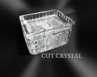 Cut crystal cigarette holder with removeable top cover ashtray