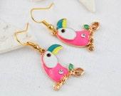 Earrings parrots - birds earrings - flamingo earrings - Animal jewelry - Enamel earrings - Neon earrings - Funky - grunge - funny gift