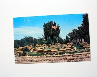 Tarjeta postal floral reloj de St. Louis Missouri 1966 / postal de St. Louis / floral postal reloj / recuerdo de St. Louis Forest Park