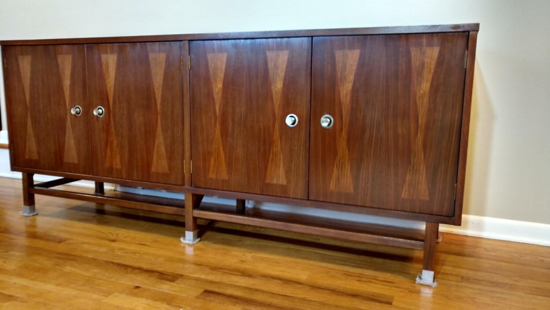 Mid Century Distinctive Furniture by Stanley Credenza Buffet