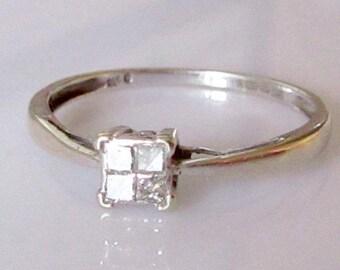 9ct White Gold Princess Cut Diamond Ring