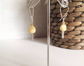 Yellow rose earrings with silver chain details