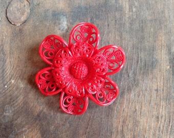 Red Flower Pin/Brooch (J19)