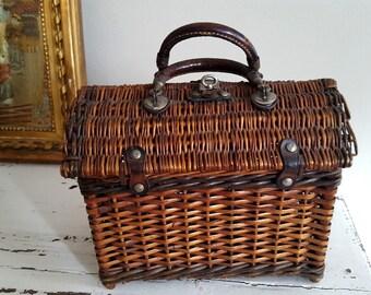 Basket for child girl Wicker circa 1900 12475