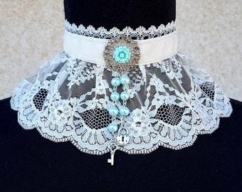 Velvet choker, Lace choker, Victorian choker, Steampunk choker, Victorian Jewelry, Lace collar, Lolita choker, Rose choker, Romantic choker