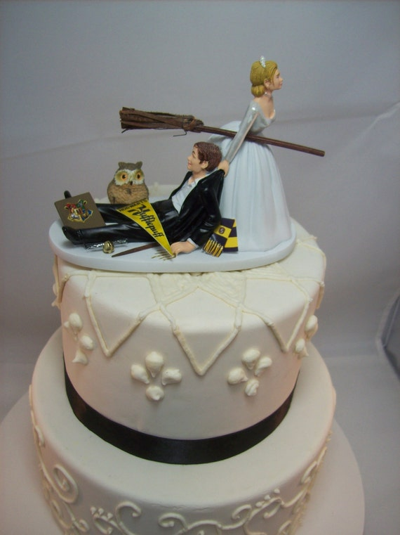 wedding cake funny ideas harry potter wedding cake topper hufflepuff house 22752