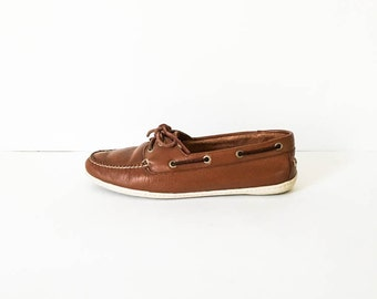 LL Bean leather moccasin 6M - Brown leather boat shoe - Nautical boat shoe - Women's LL Bean shoes - Leather mocassins