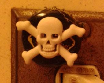 Skull and Cross Bones Upcycled Bottlecap Magnet