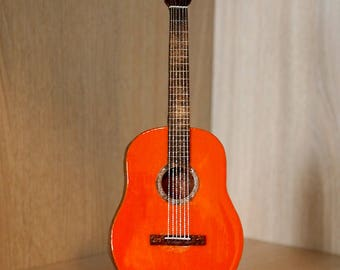 Collectible small model guitar, Handcrafted flamenco guitar 1:6 with stand or frame, Spanish guitar, Gift for guitarists, HANDMADE