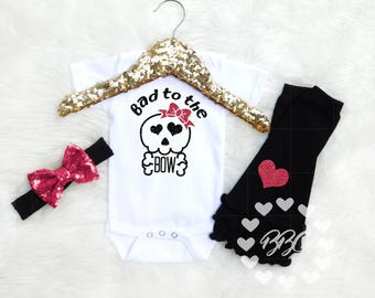 Baby Girl Hipster Outfit, Girls Skull and Crossbones, Glitter Skull, Baby Girl Clothing, Unique Baby Clothing, Pink and Black Set, Bodysuits