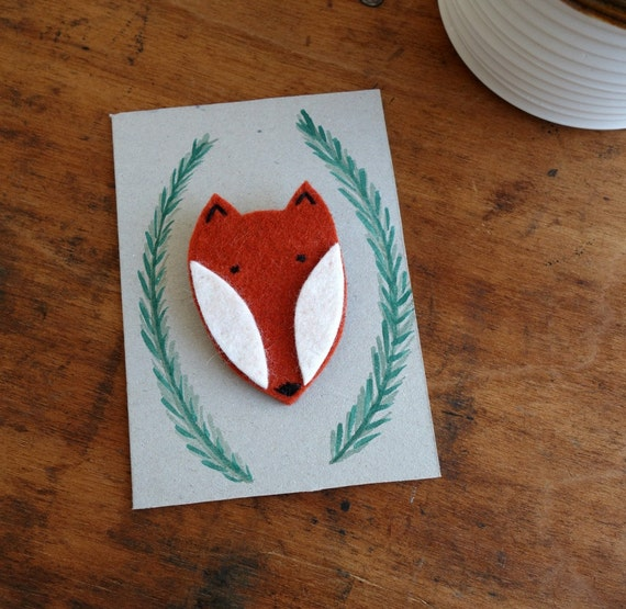 Fuchs für die Jacke! Brosche aus Filz mit handgemaltem Tag