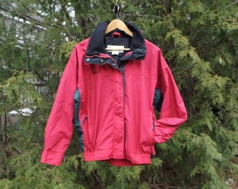 Columbia 90s Soft Red Green Vintage Jacket 90s Windbreaker Columbia Windbreaker Jacket Vintage Size Womens Medium Columbia 90s Jacket Womens