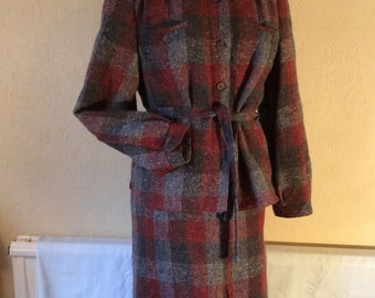 1970s/30s style wool skirt suit