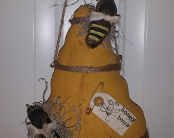 Primitive Summer Bee Skep Peg Hanger Shelf Sitter Honey Door