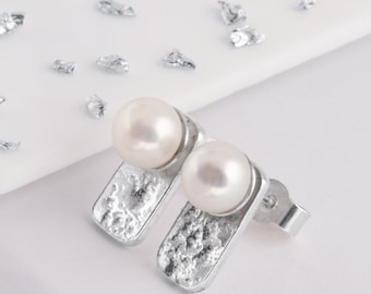 Silver memorial ashes pearl stud earrings
