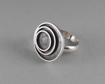Circles - sterling silver statement ring