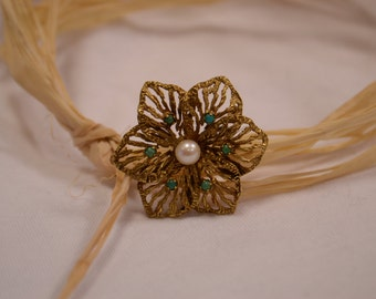 Unique and stylish vintage 14K yellow gold BIRKS brooch with beautiful texturing, set with pearl and turquoise