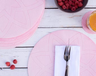 Rose Pink Blush Felt Placemat, Hand Dyed Fabric Round Placemat, Summer Picnic Outdoor Garden Decor, Geometric Circle Table Linen Tablecloth