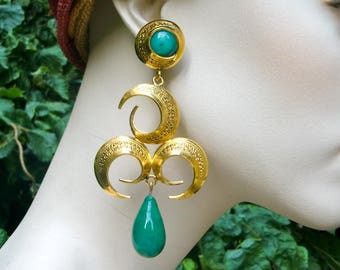 MERCEDES ROBIROSA 1980 Swirls and Green Glass Chandelier Earrings
