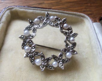 Pretty  marcasite with faux seed pearls circular garland lace/shawl pin brooch