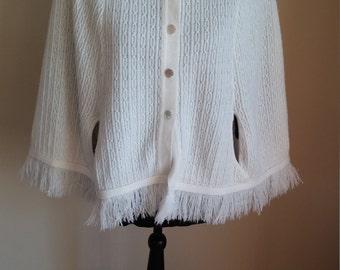 Vintage White Sweater Shawl, Vintage Women's Shawl, White Shawl, White Vintage Shawl, Vintage Montgomery Ward Shawl, Vintage Clothing