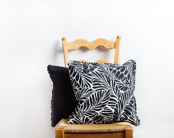 Black White Pillow Cover, Black White, Pillow Cover, Leaves Pillow, Botanical Pillow, Tropical, Black White Home, Black White Pillow