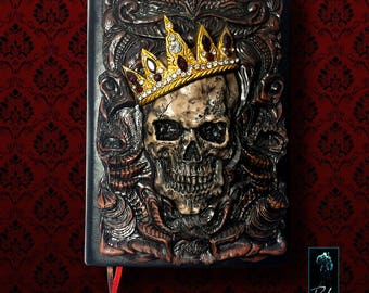 Sketchbook, notebook Skull with Crown, 120 sheets